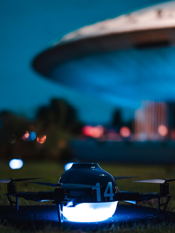 Dutch drone shows - Full resolution (2 of 10).jpg